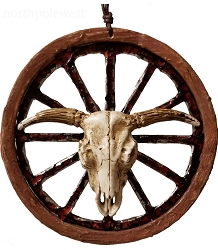 Wagon Wheel Steer Skull Old West Ornament